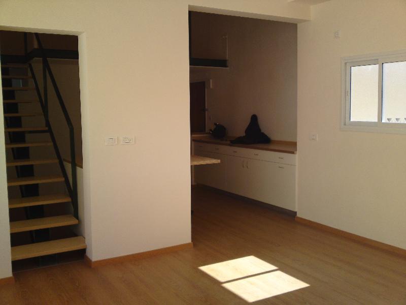 מבריק א.ל.ע.ד נכסים - דירות להשכרה בגבעתיים - דירות למכירה בגבעתיים DP-49